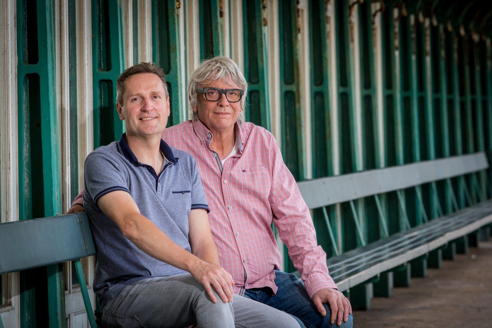 Pieter Aspe en Koen Strobbe bij 'Van Gils & Gasten'