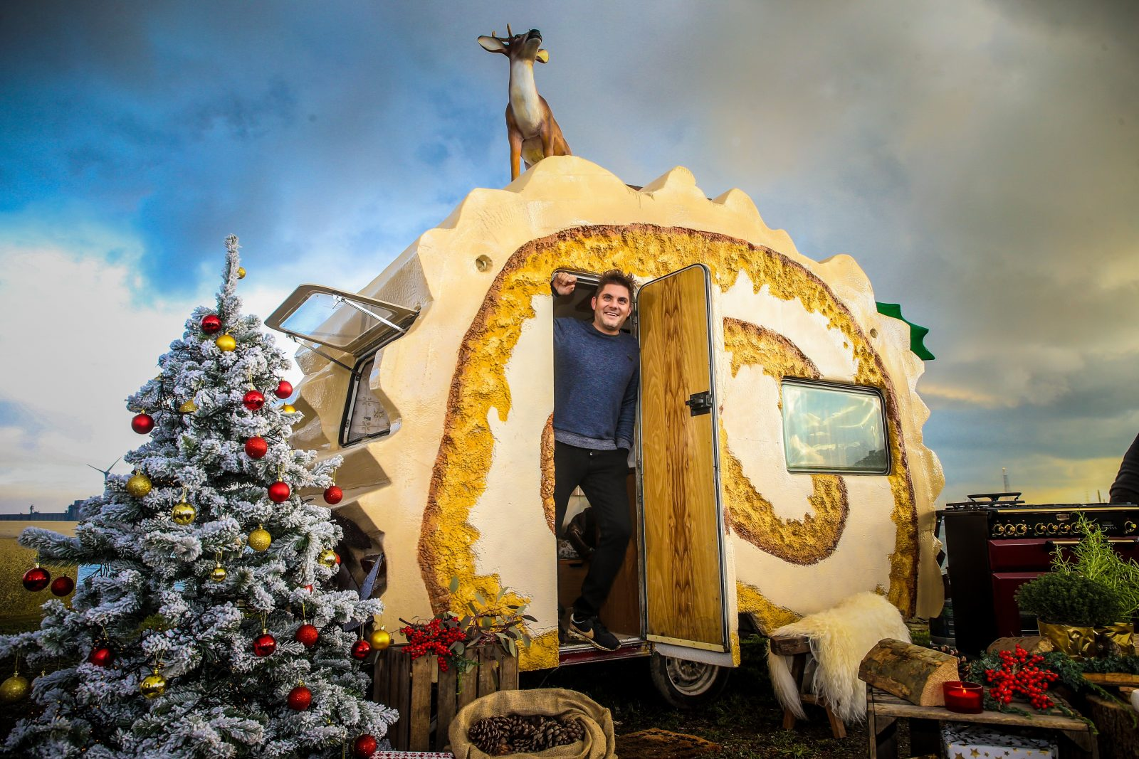 Bûche komt zo: Jeroen Meus zorgt voor het ideale kerstgeschenk!